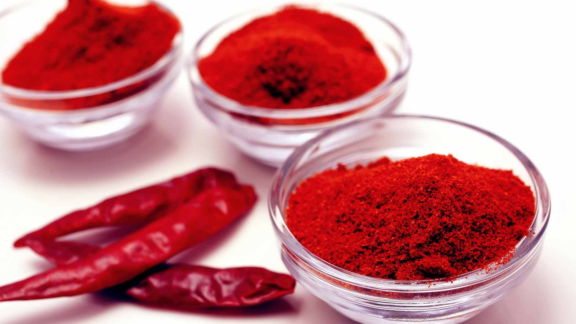 cayenne spicy red peppers dried powder