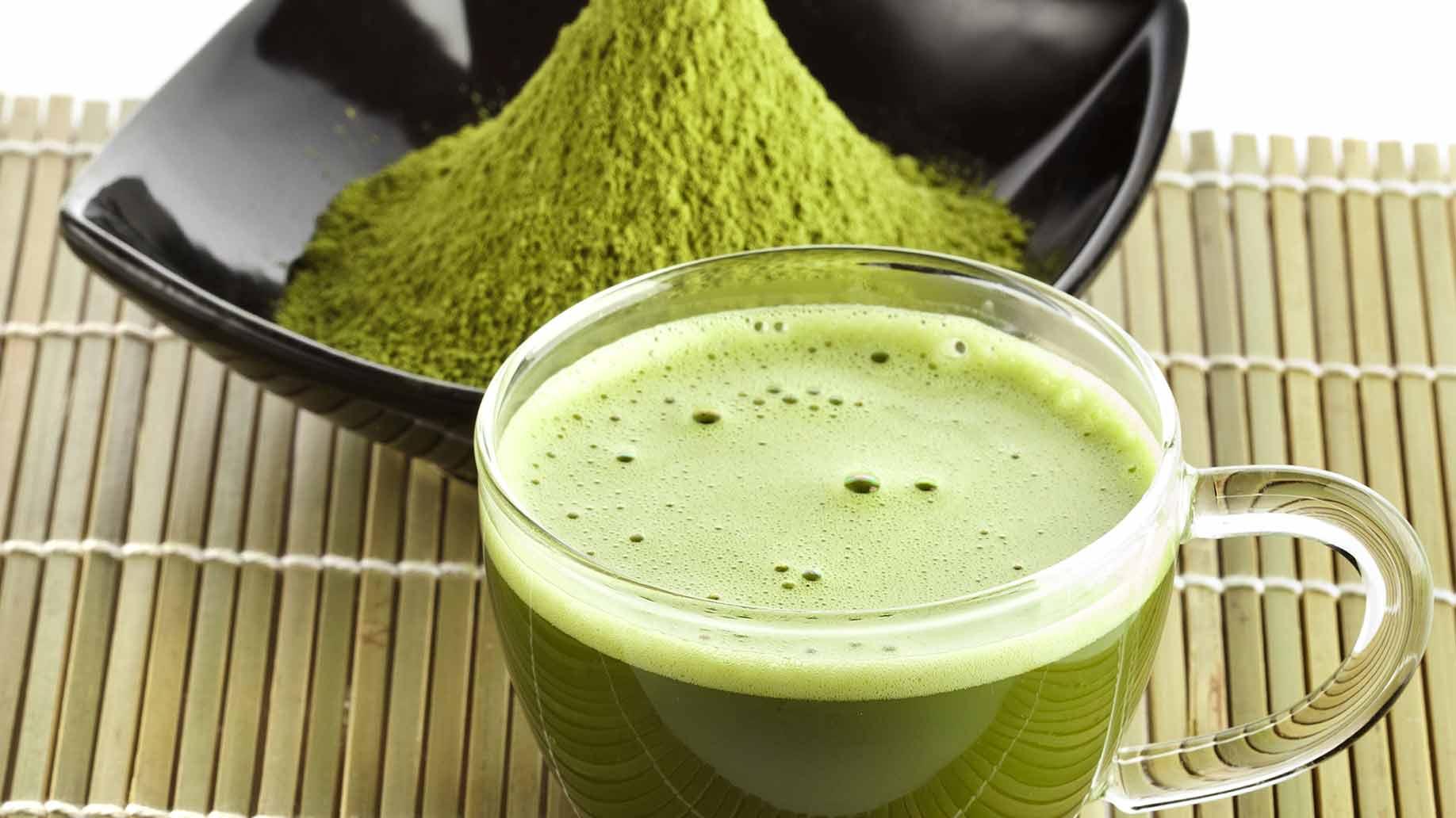 green tea matcha fresh powder drink