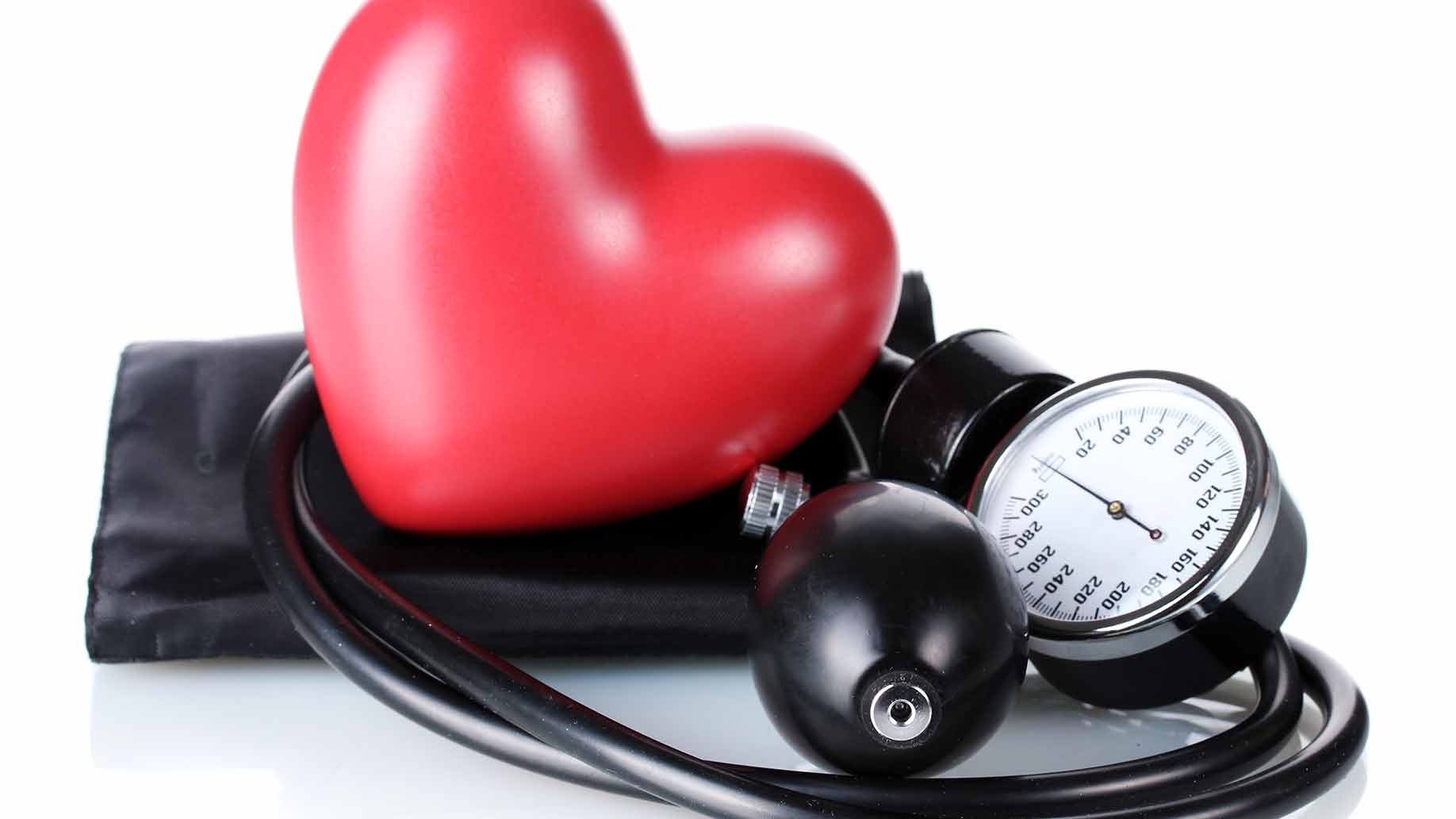 dark chocolate benefits blood pressure kidneys cholesterol health antioxidants