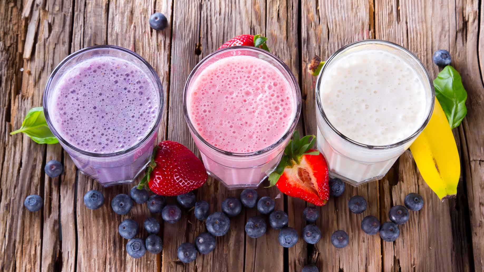 liver cleanse with smoothies juices fresh fruit