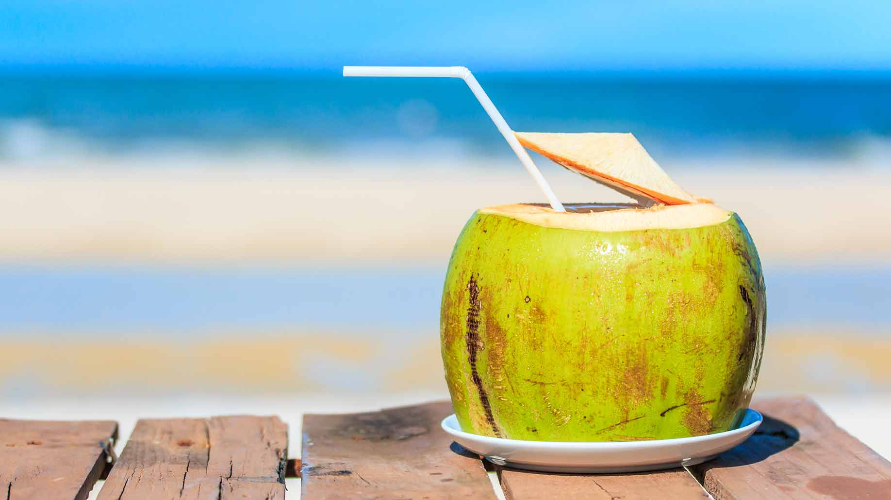 coconut water fresh raw hydrating natural remedy to lower high blood pressure hypertension