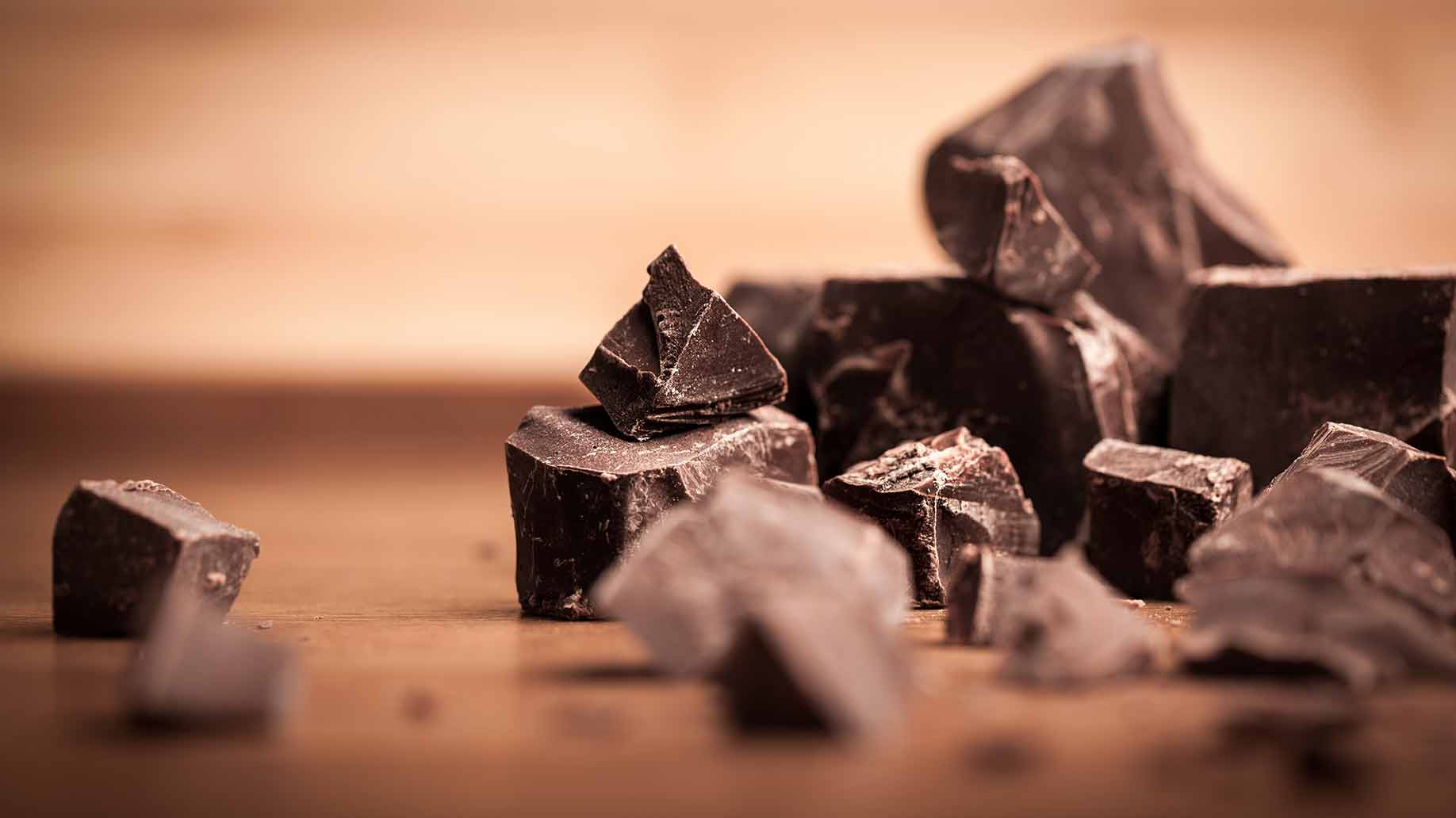 dark chocolate cacao natural remedy to lower high blood pressure hypertension