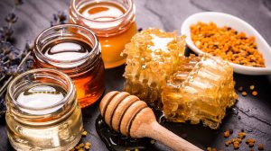 Top 25 Health Benefits of Raw Natural Honey