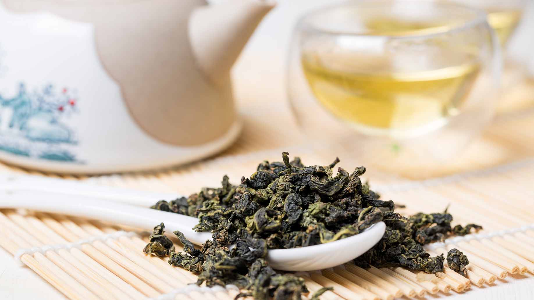oolong fermented green tea eczema psoriasis skin disease anti allergic polyphenols natural remedies