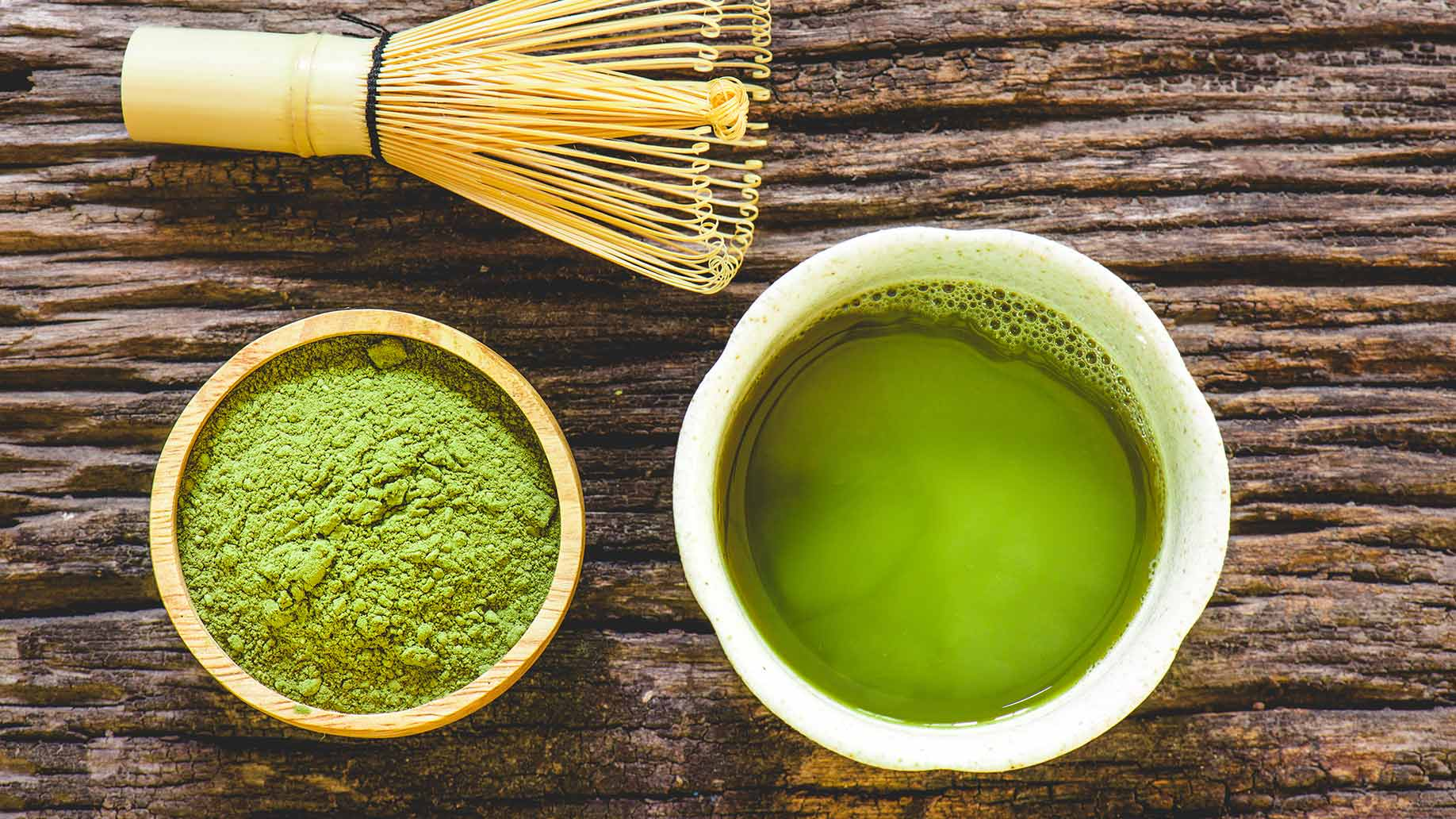 matcha green tea powder leaves grinded antioxidants natural health benefits