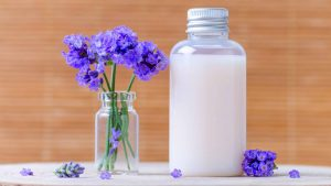 How to Make Your Own Natural Homemade Shampoo – 10 Best Recipes