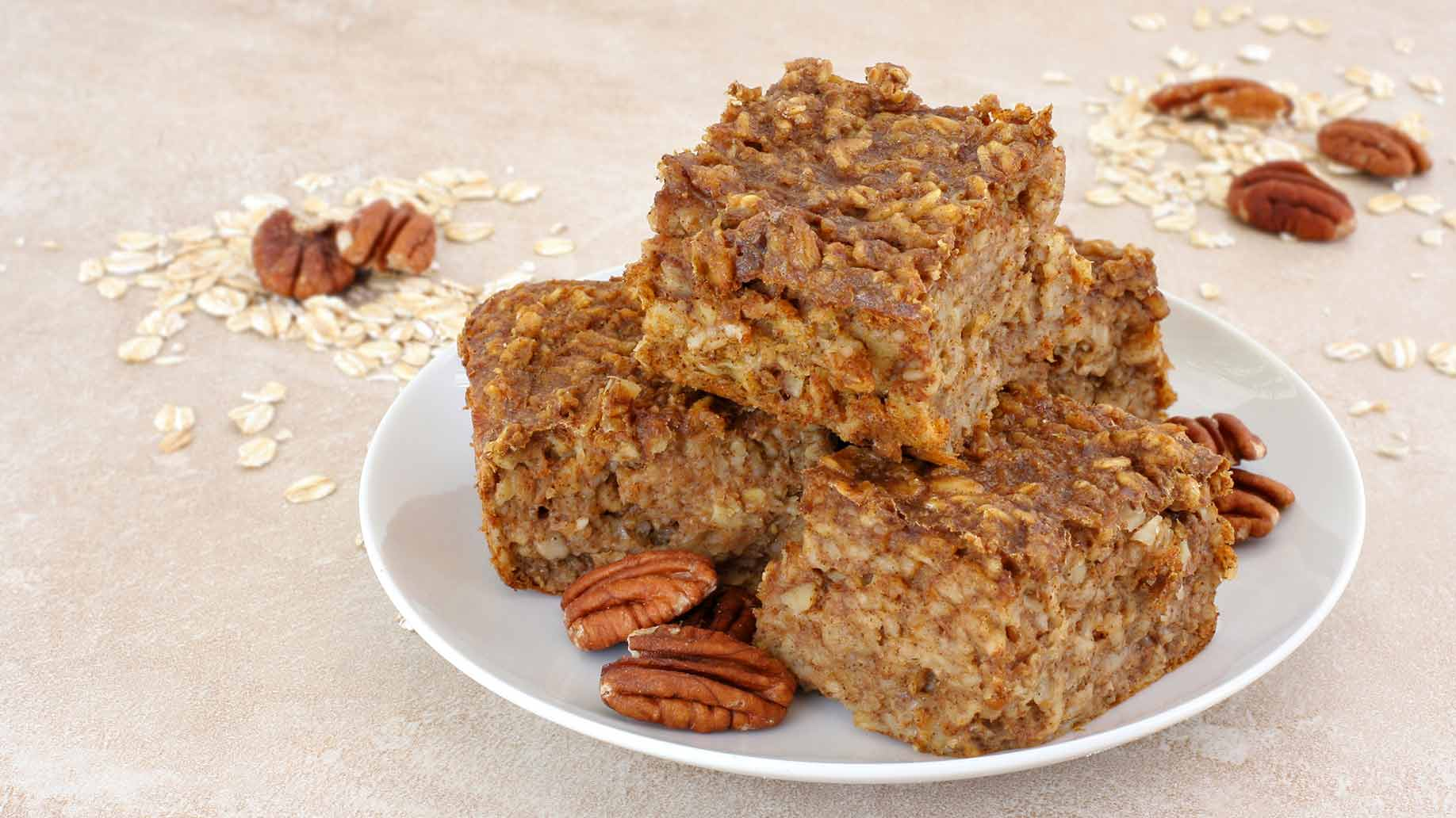cinnamon pecan bars applesauce healthy snack ideas