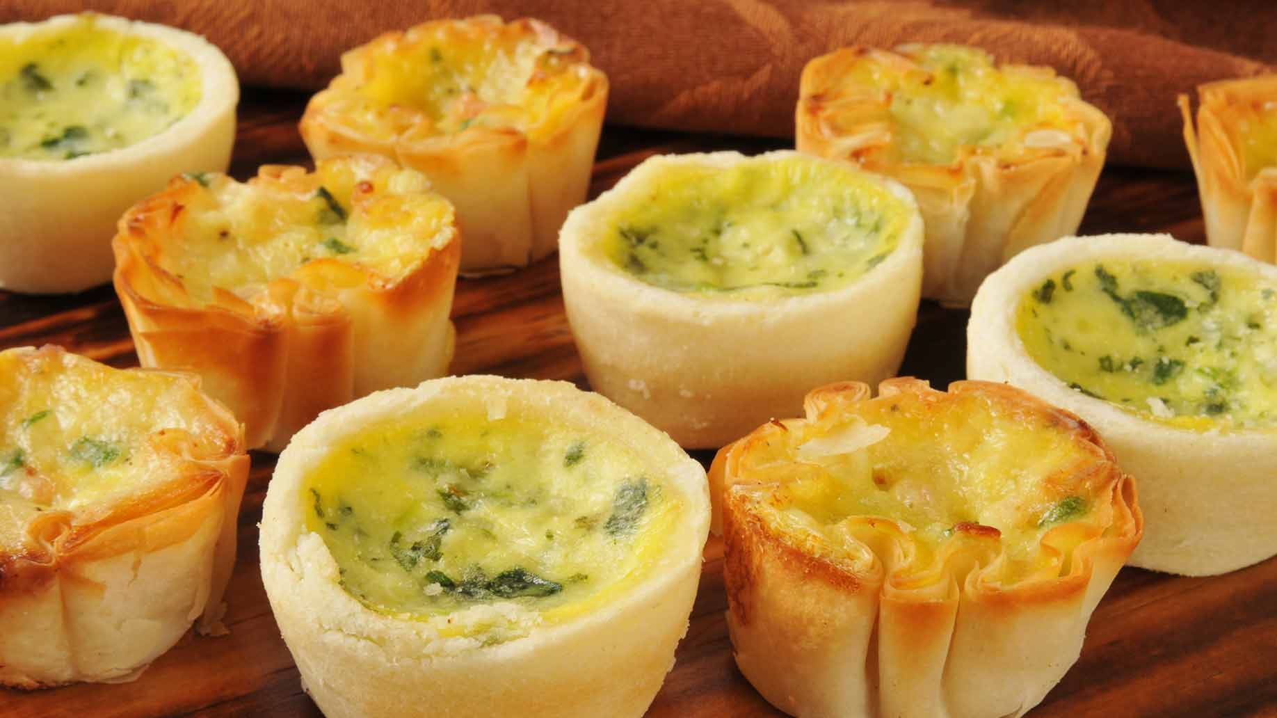 mini quiches eggs zucchini carrots cheese healthy snack ideas