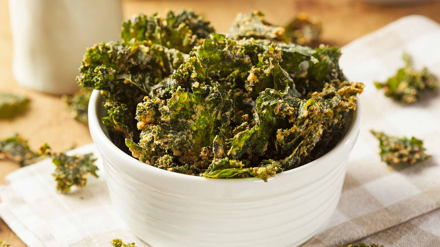 roasted kale chips salt pepper vegan cheese turmeric healthy snack ideas