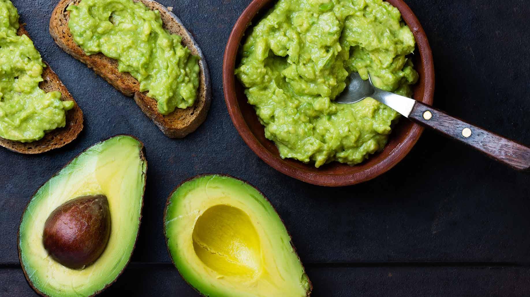 high cholesterol avocados green heart health natural remedies